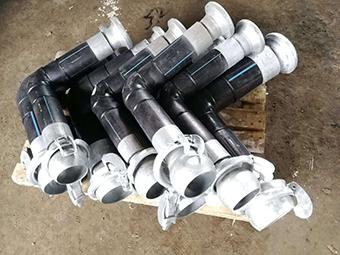 Колено трубы ПНД с БРС соединением для перекачки бентонита